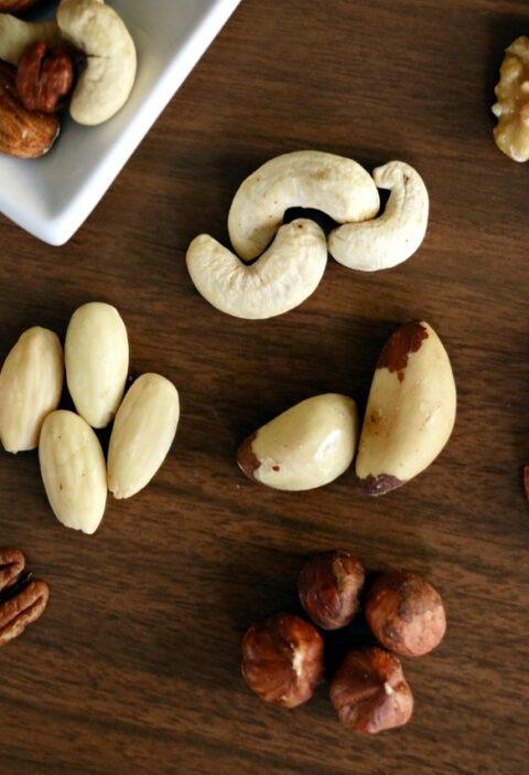 vedrschillende soorten noten